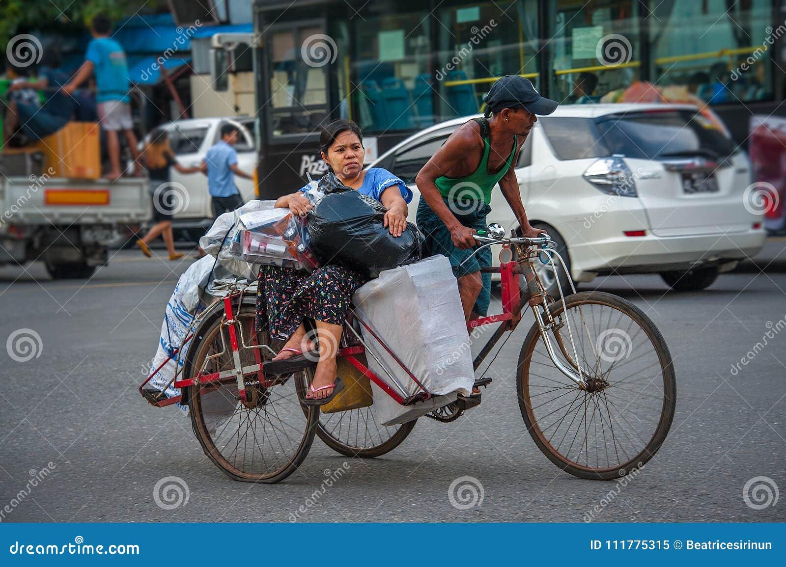 DAILY LIFE IN YANGON