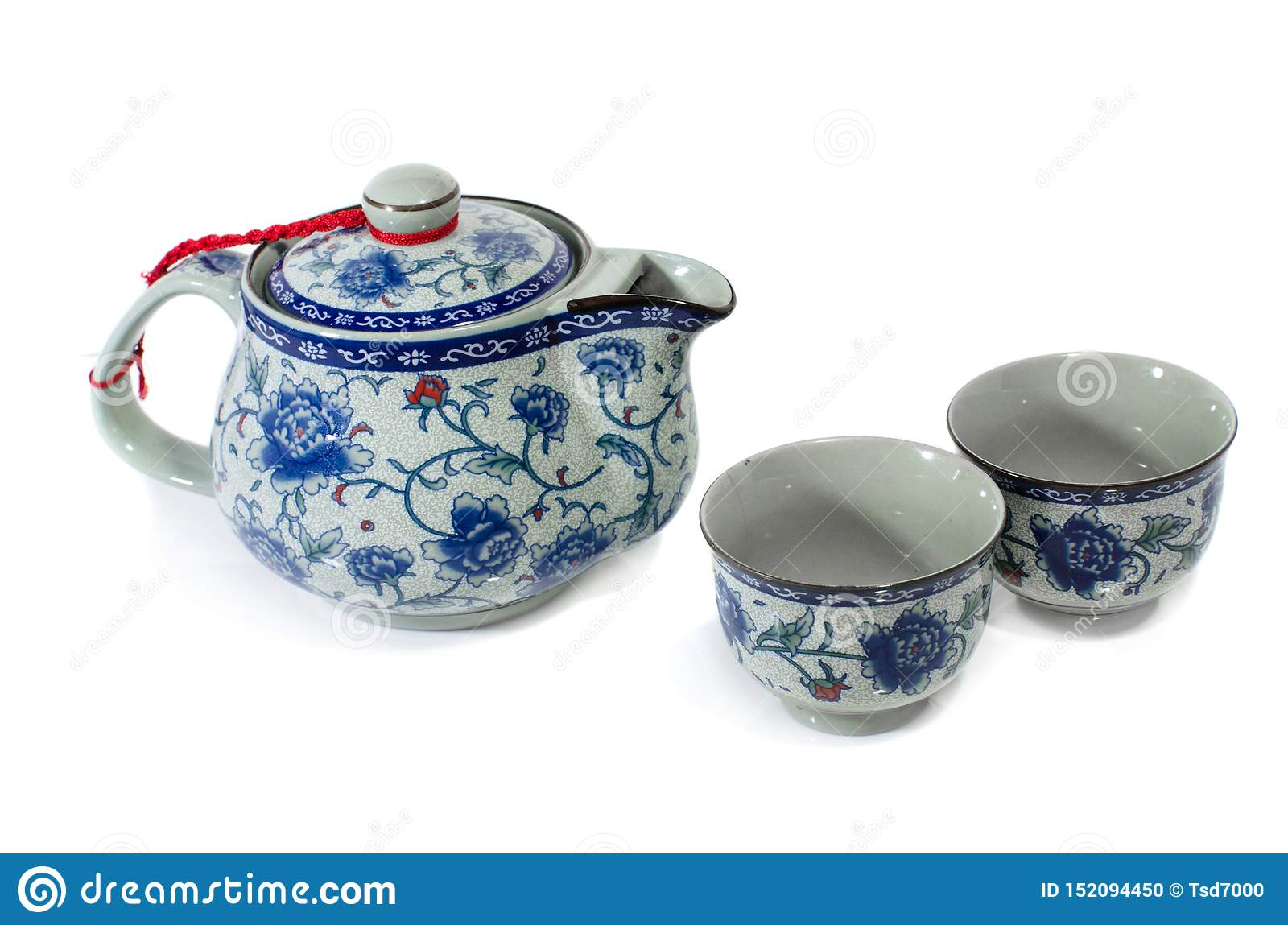 Chinees theestel op witte achtergrond