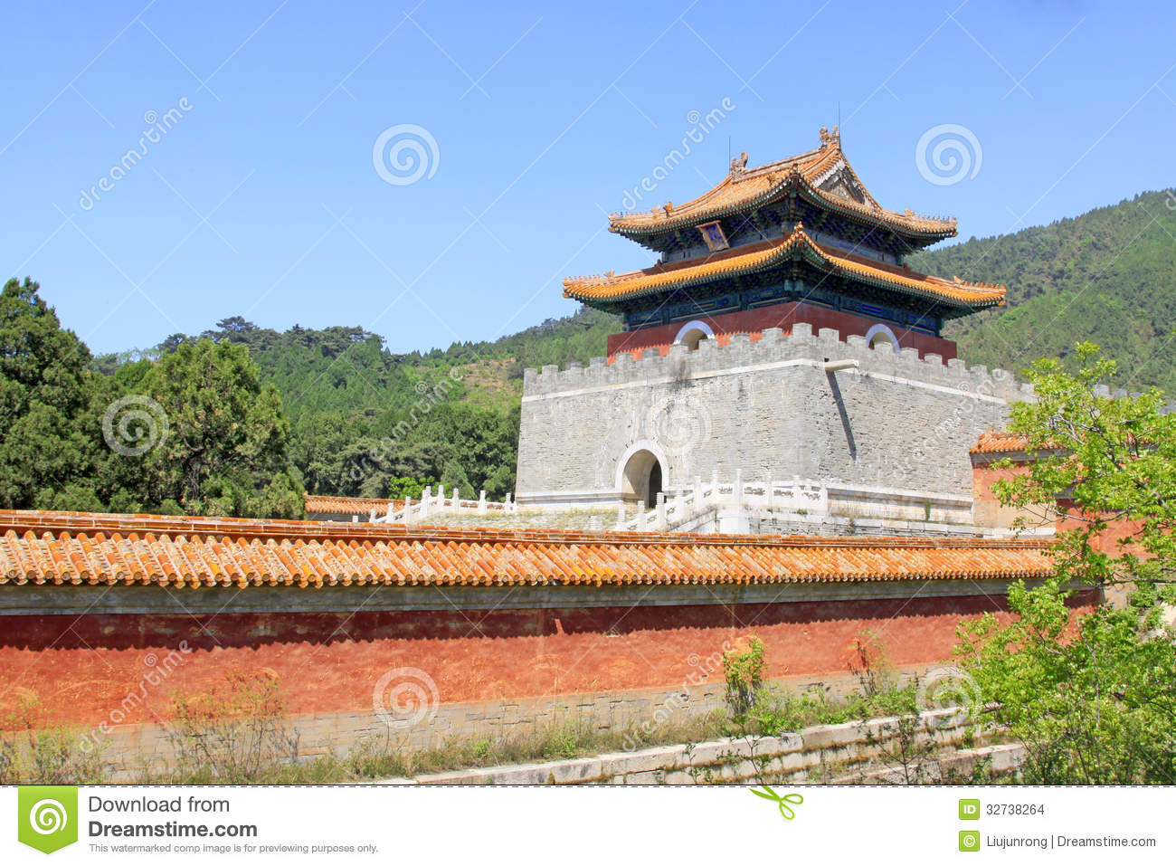 architecture scenery in the Eastern Royal Tombs of the Qing Dynasty    Qin Dynasty Architecture