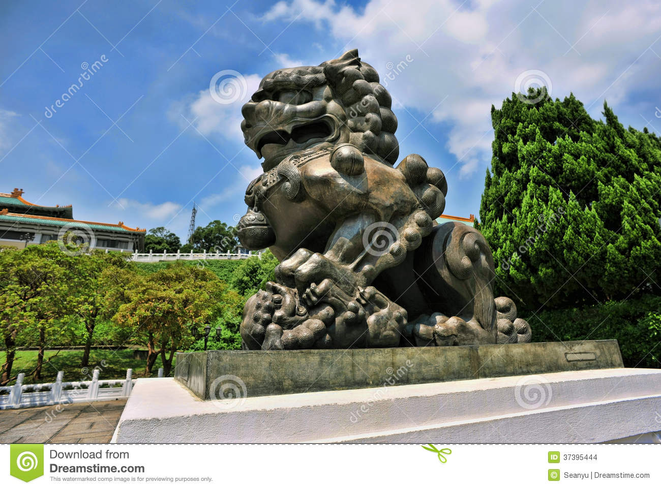 Chinese Bronze Guardian Lion.