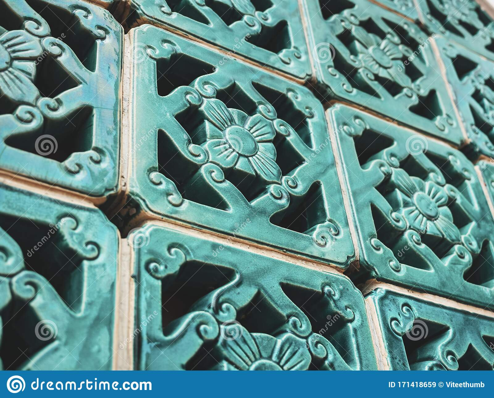 Chinese Ceramic Tiles Floral Pattern Wall Decoration Green Glossy Asian Art Stock Image Image Of Shape Background 171418659