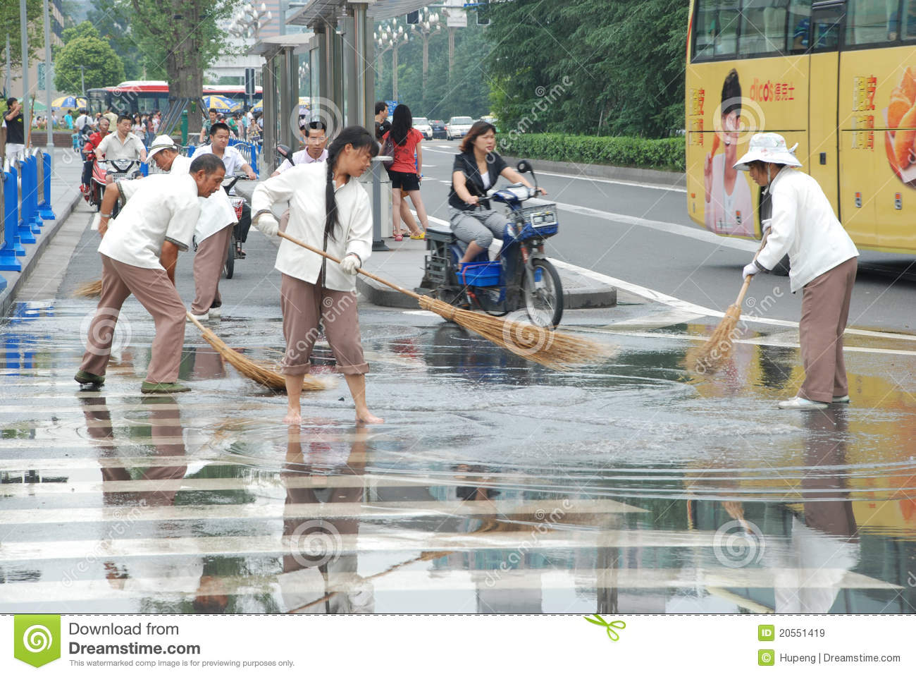 Chinese Cleaners Are Sweeping Street Editorial Stock Image