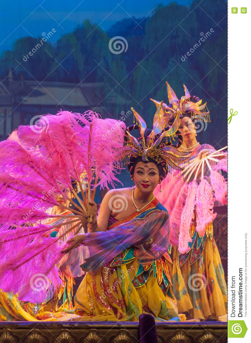 Chinese dancers on stage