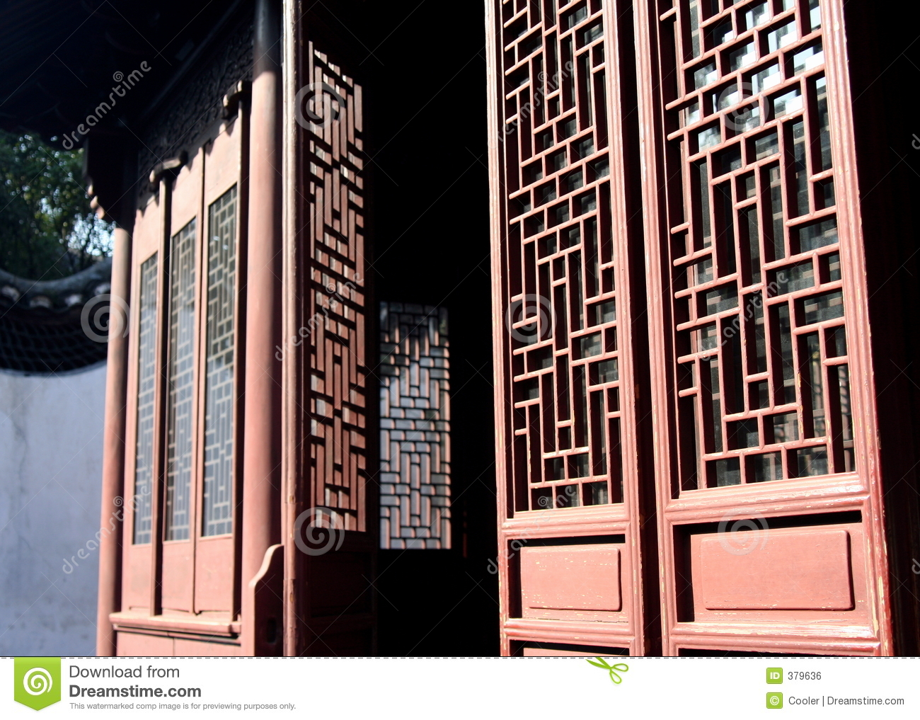Chinese Door In Yu Garden Royalty Free Stock Image Image