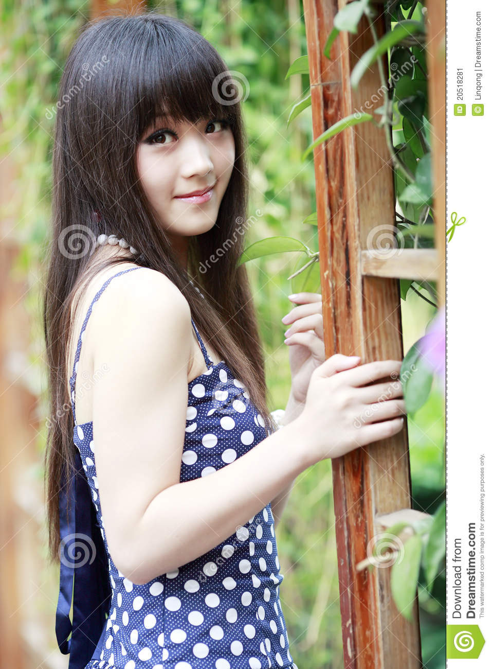 Chinese girl photo