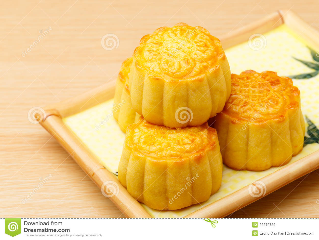 Chinese Mooncake Royalty Free Stock Images - Image: 33372789