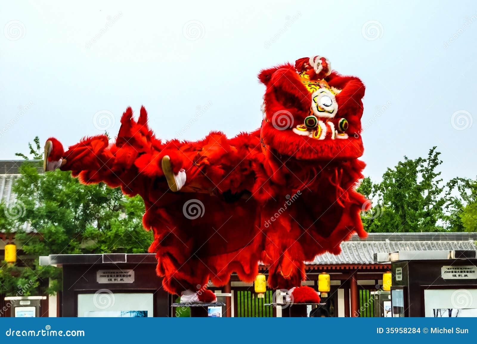 Chinese New Year Liontraditional Lion Dance 187 Li Iu Home Design