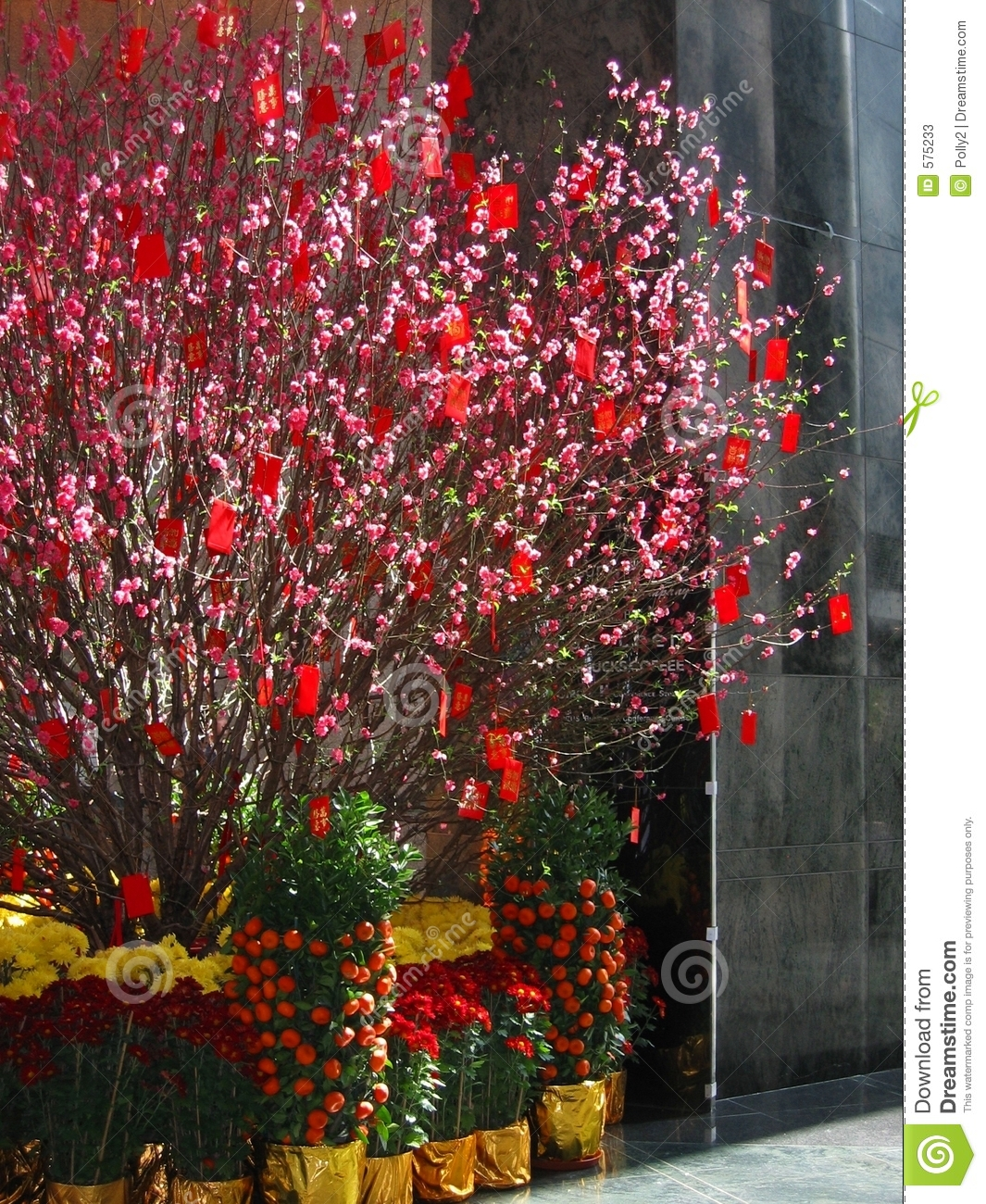 Lunar New Year Celebrations Come to a Colorful Close in China - Vogue