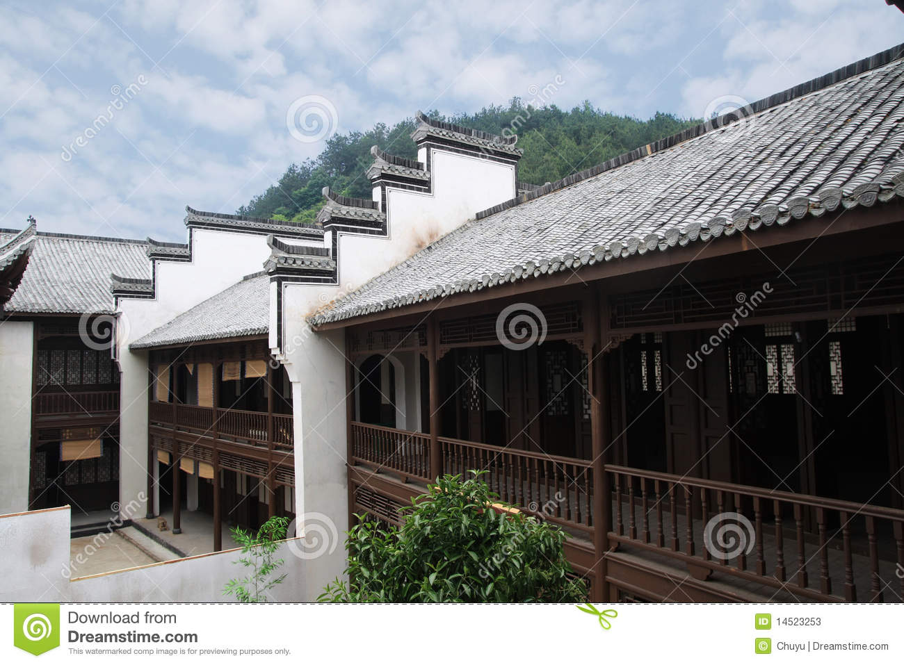 Chinese old house stock photos image 14523253 for Traditional house building