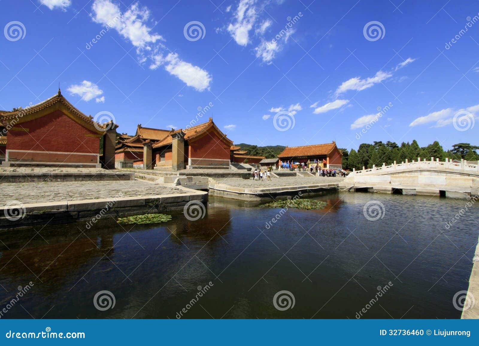Chinese oude architectuur in Oostelijke Koninklijke Graven van Qing