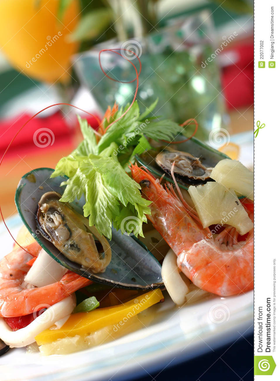 Chinese Shrimp Sup Dumpling Stock Photography - Image: 22077002