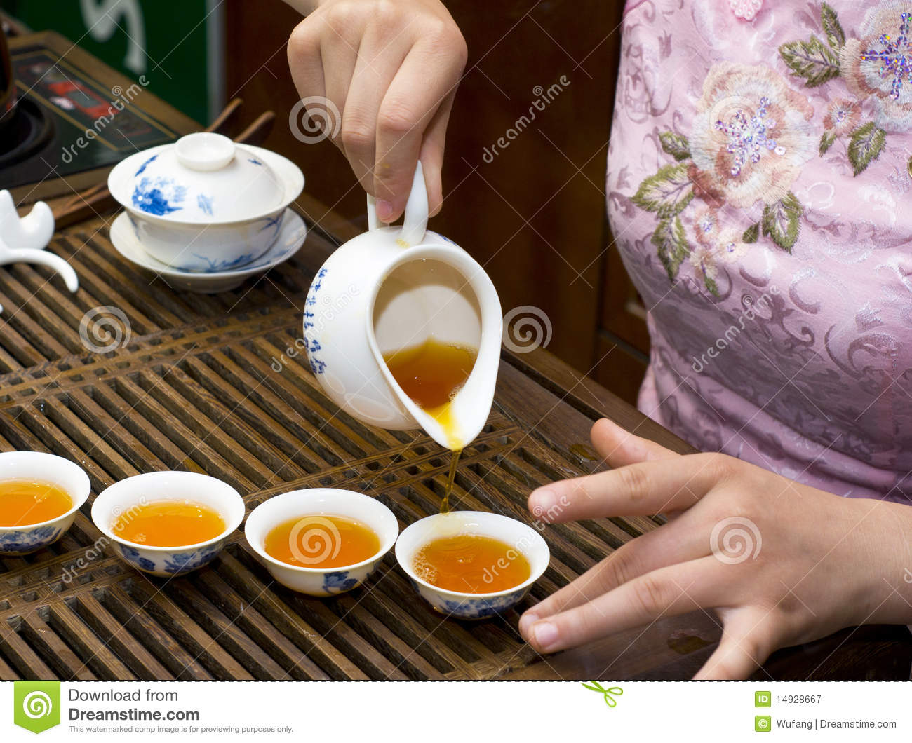 tea culture If you want real sweet tea, you need a pot of boiling water, tea bags, and lots of  sugar anything less just isn't real sweet tea ask any southerner how to make.