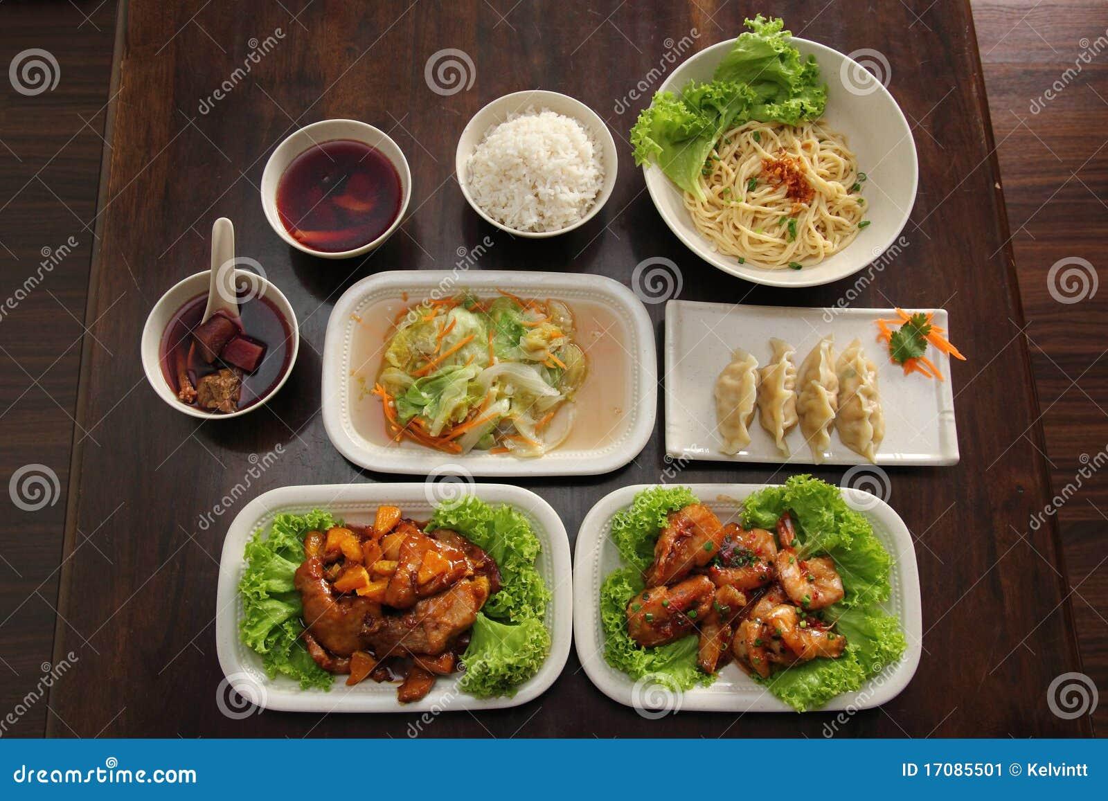 Chinesische Orientale-gesetzte Mahlzeit
