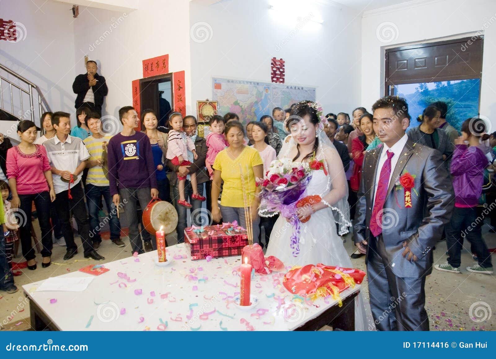 Chinesische traditionelle hochzeit redaktionelles foto bild