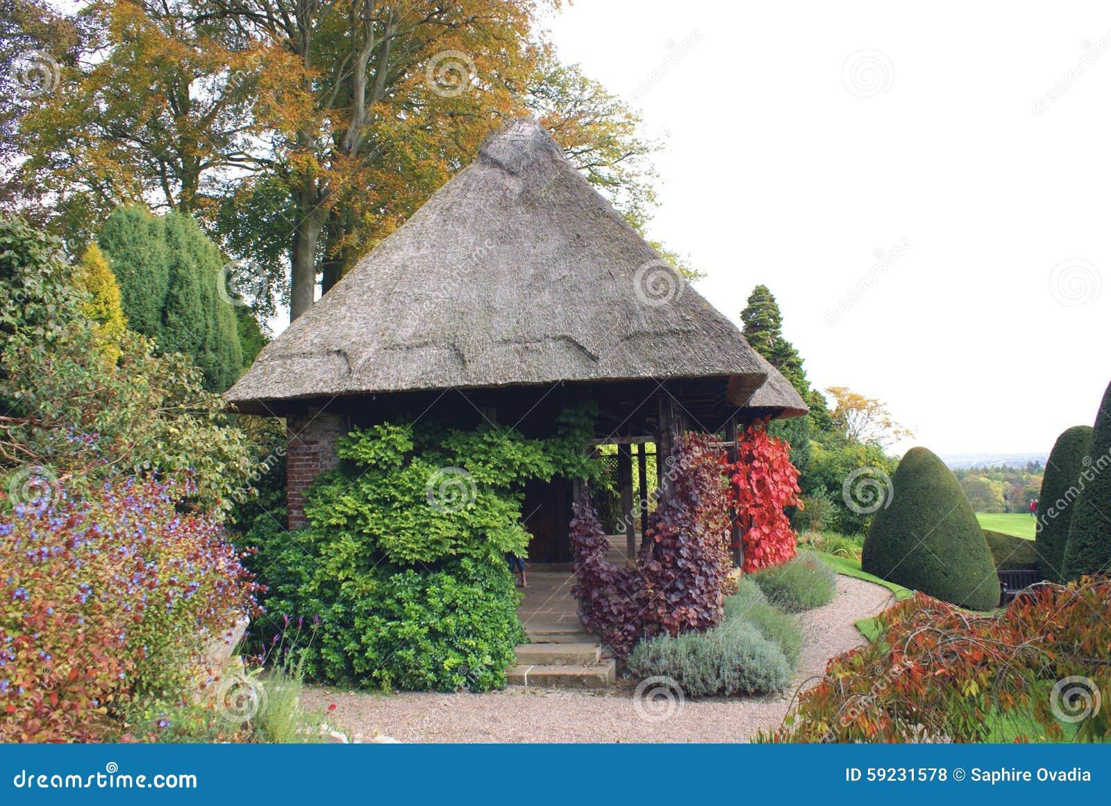 Chirk el jardín del castillo en Inglaterra