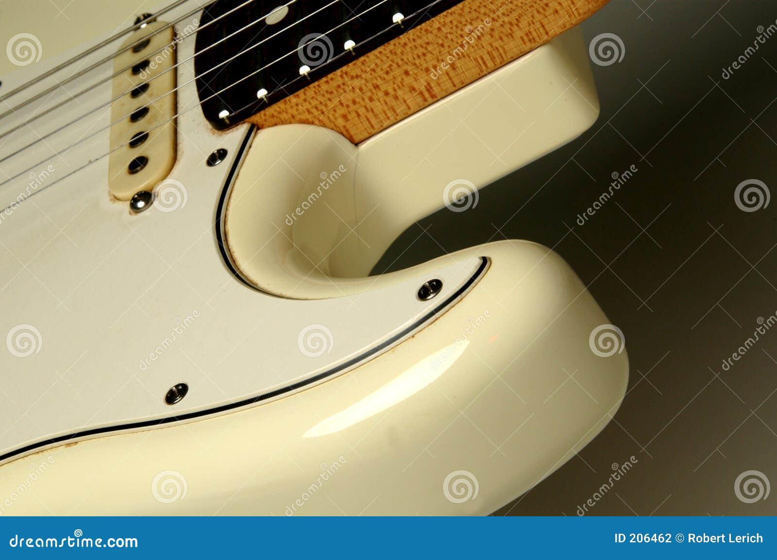 Chitarra bianca