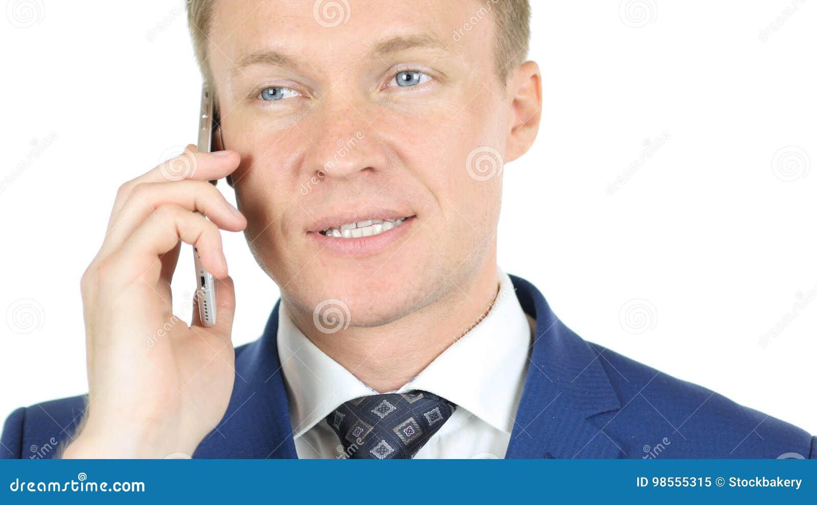 Chiuda su del fronte, uomo d affari che parla sullo smartphone