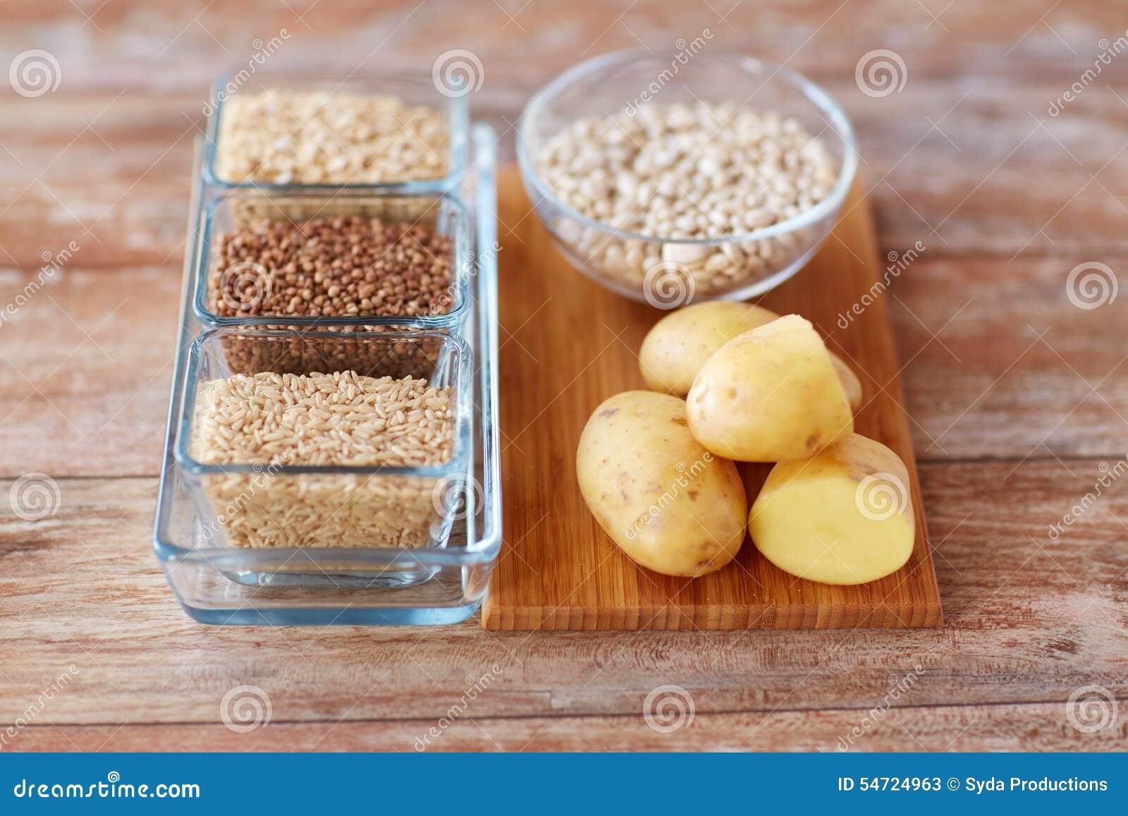 Chiuda su dell alimento del carboidrato