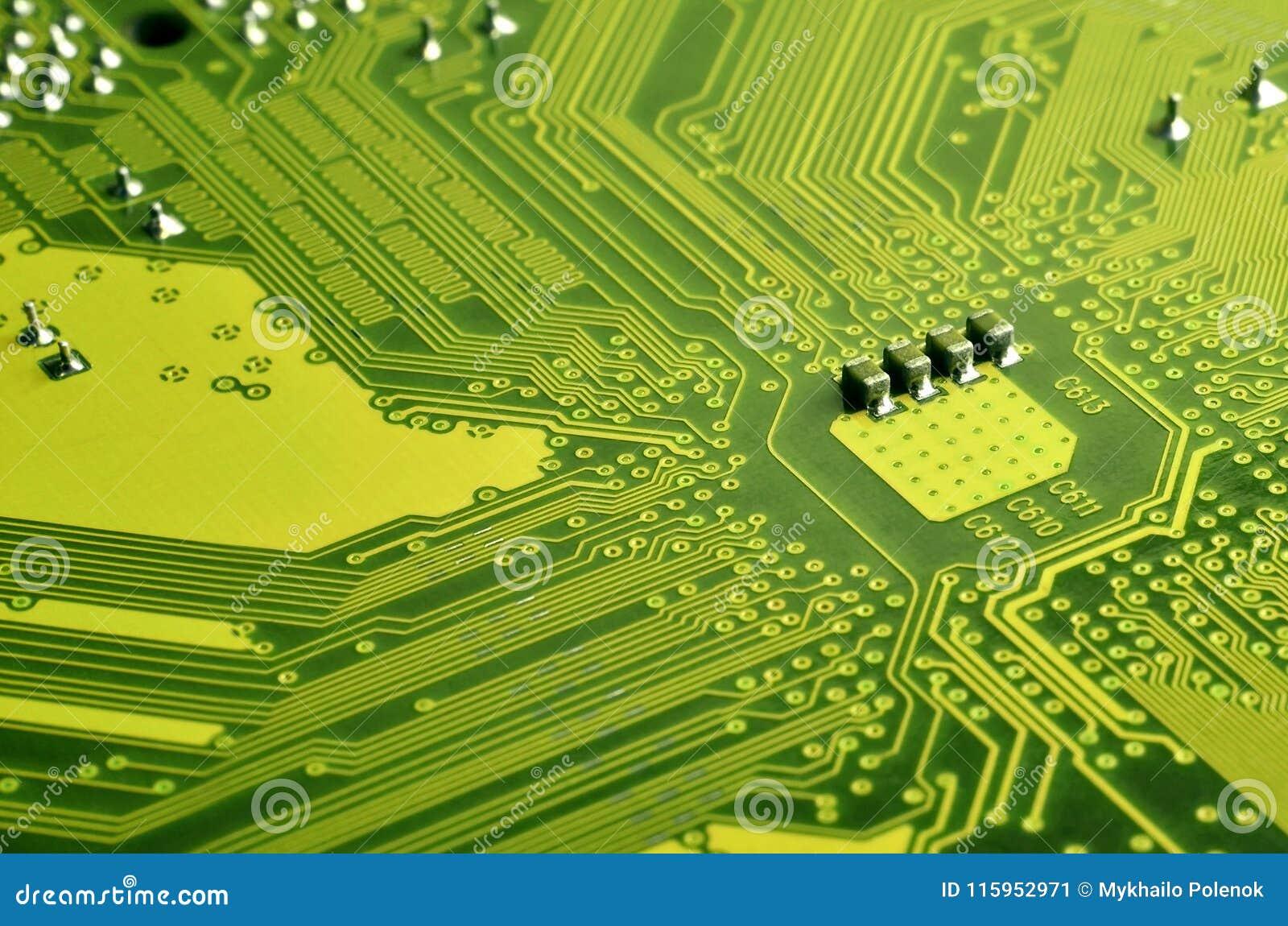 Chiuda su di micro circuito colorato Priorità bassa astratta di tecnologia Meccanismo del computer dettagliatamente
