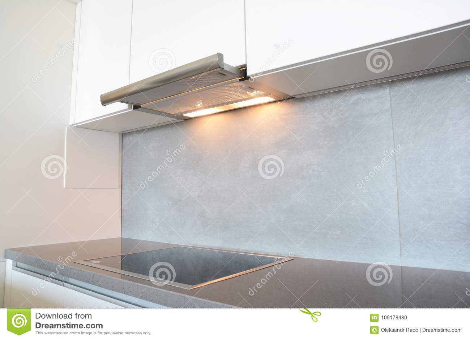 Camino In Cucina Moderna.Chiuda Su Sul Fan O Sulla Cappa Da Cucina Moderno Della