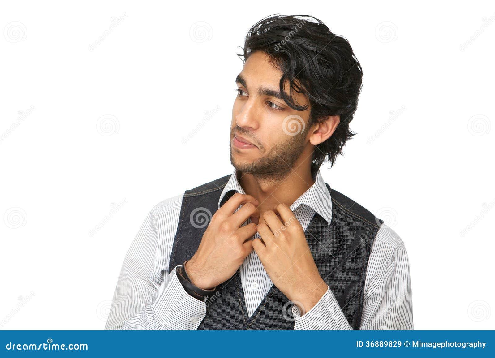Download Chiuda Sul Ritratto Di Un Distogliere Lo Sguardo Del Giovane Immagine Stock - Immagine di maschio, grigio: 36889829