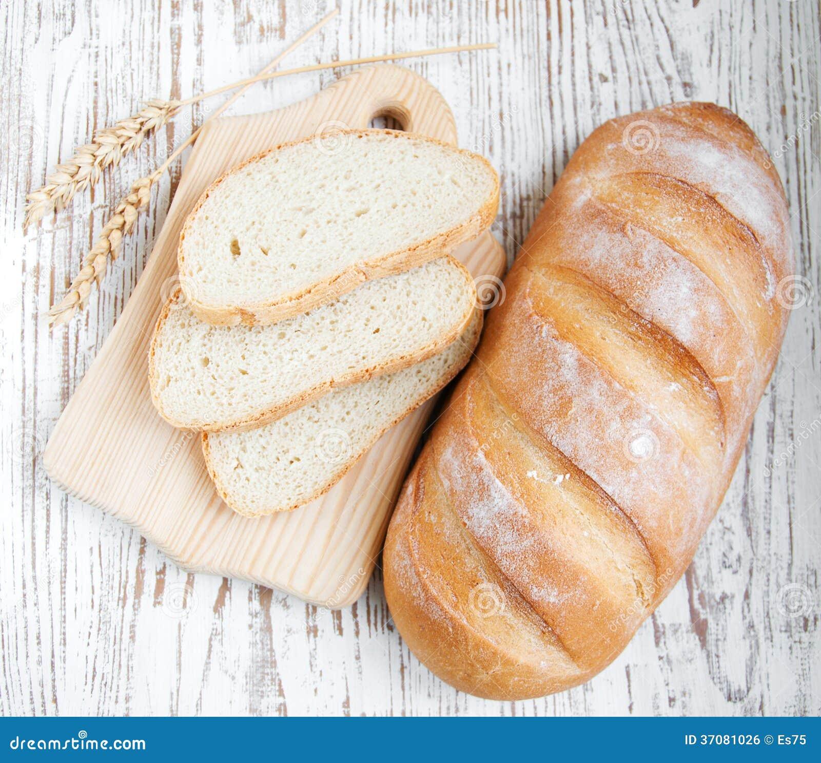Download Chleb i banatka zdjęcie stock. Obraz złożonej z organicznie - 37081026