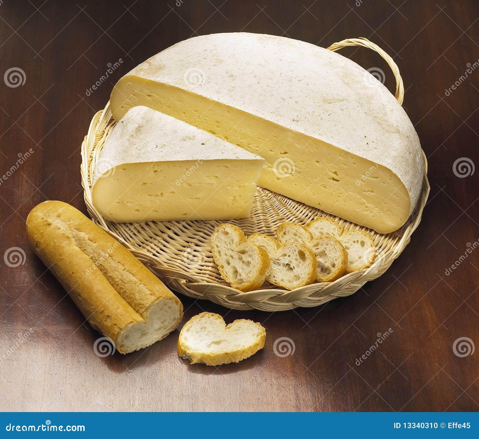 Chlebowy serowy włoch