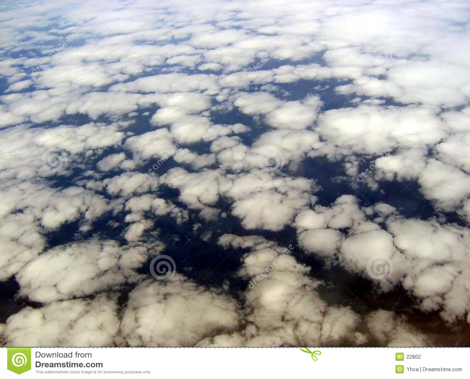 Chmura formacj wzrok od anteny