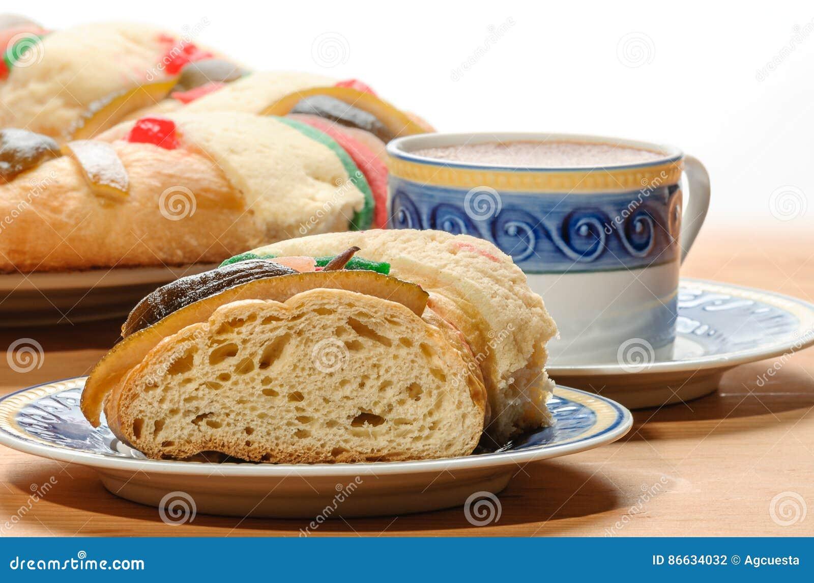 Chocoladekop Met Rosca DE Reyes, Epiphany-cake