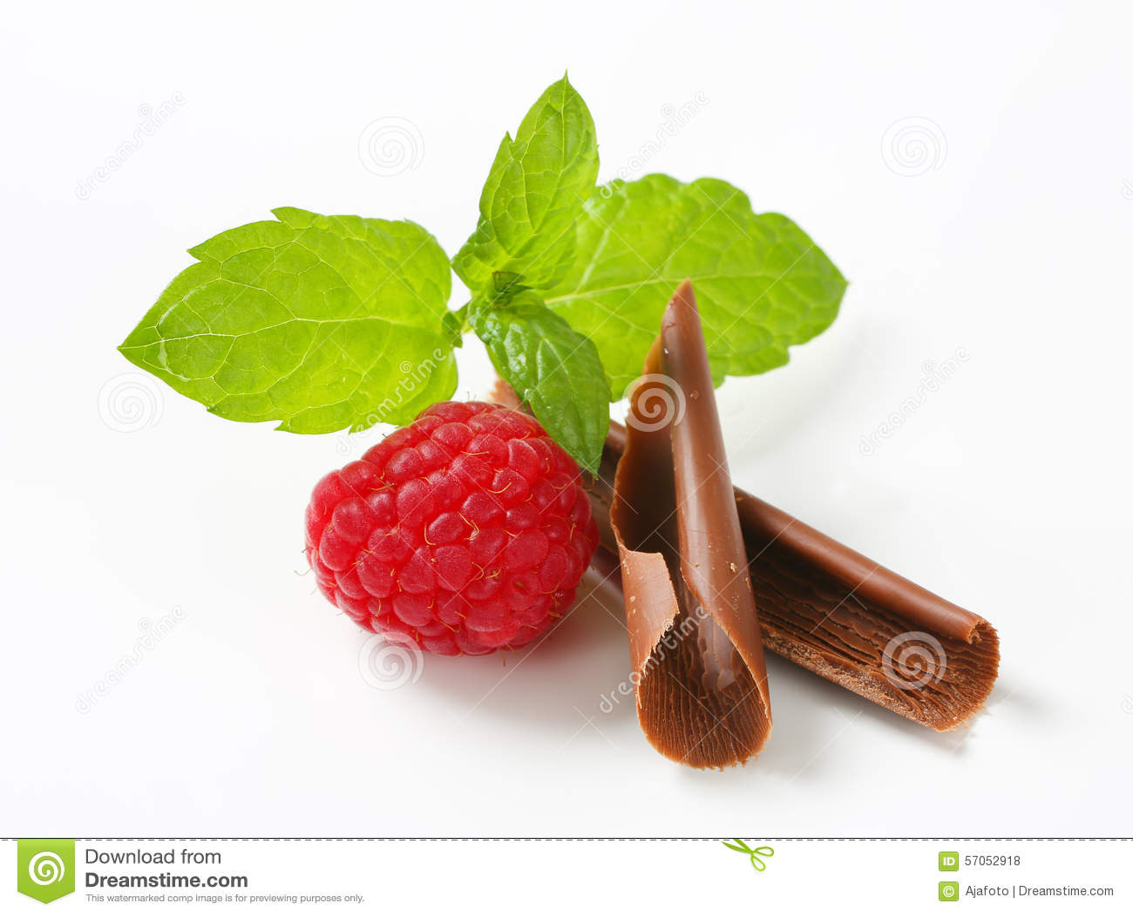 Chocoladekrullen en verse framboos
