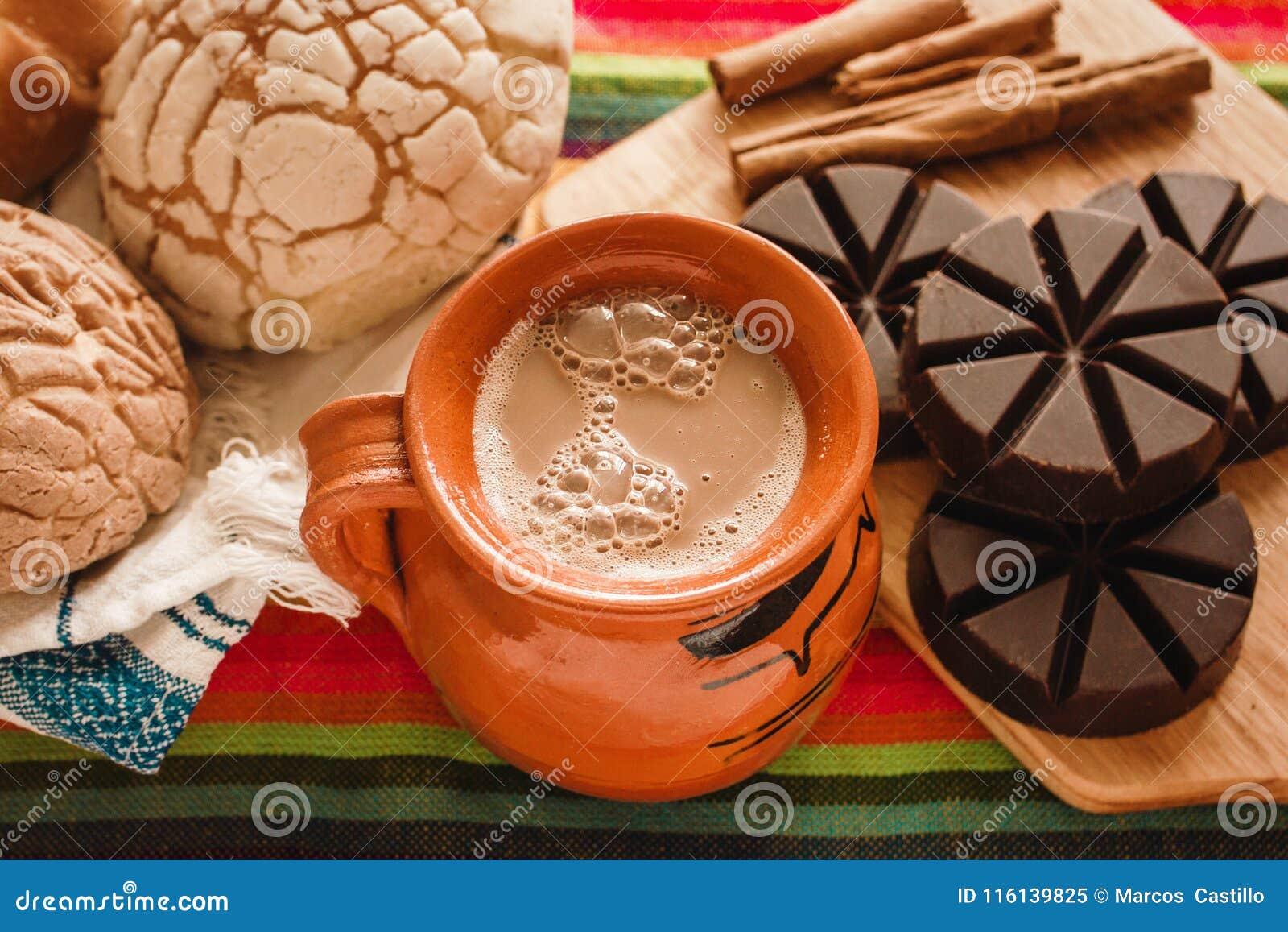 Chocolademexicano en conchas, kop van Mexicaanse chocolade van oaxaca Mexico