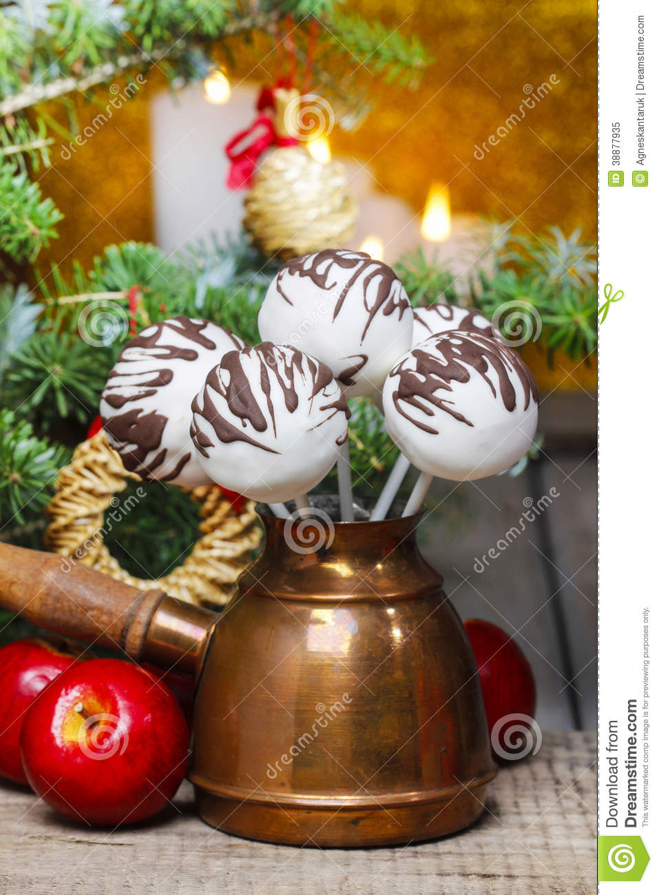 Chocolate Balls Cake Decoration : Chocolate Cake Pops In Christmas Setting Stock Photo ...
