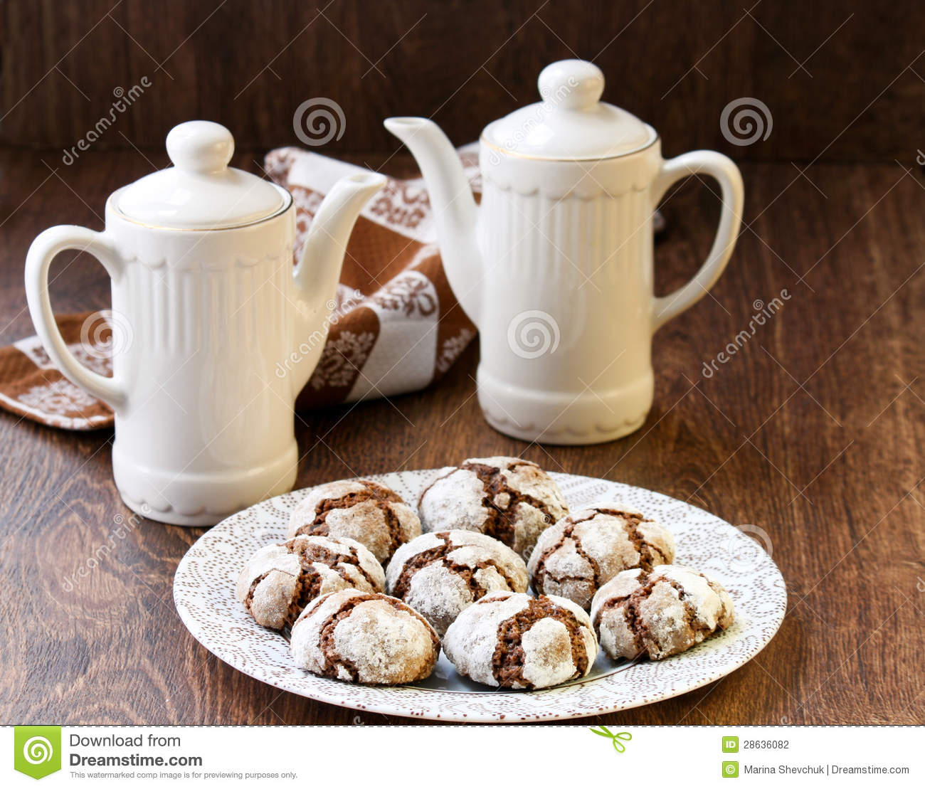 Chocolate Crackle Cookies Stock Photography - Image: 28636082