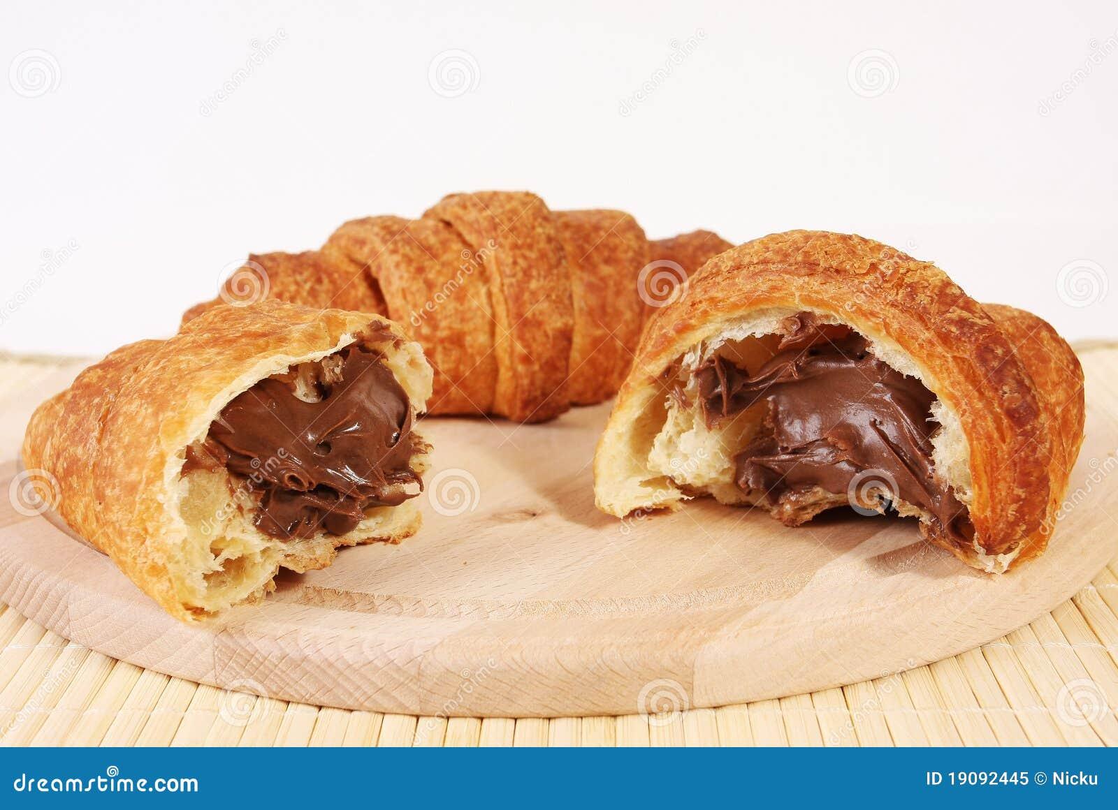 Chocolate Croissant Cake Recipe