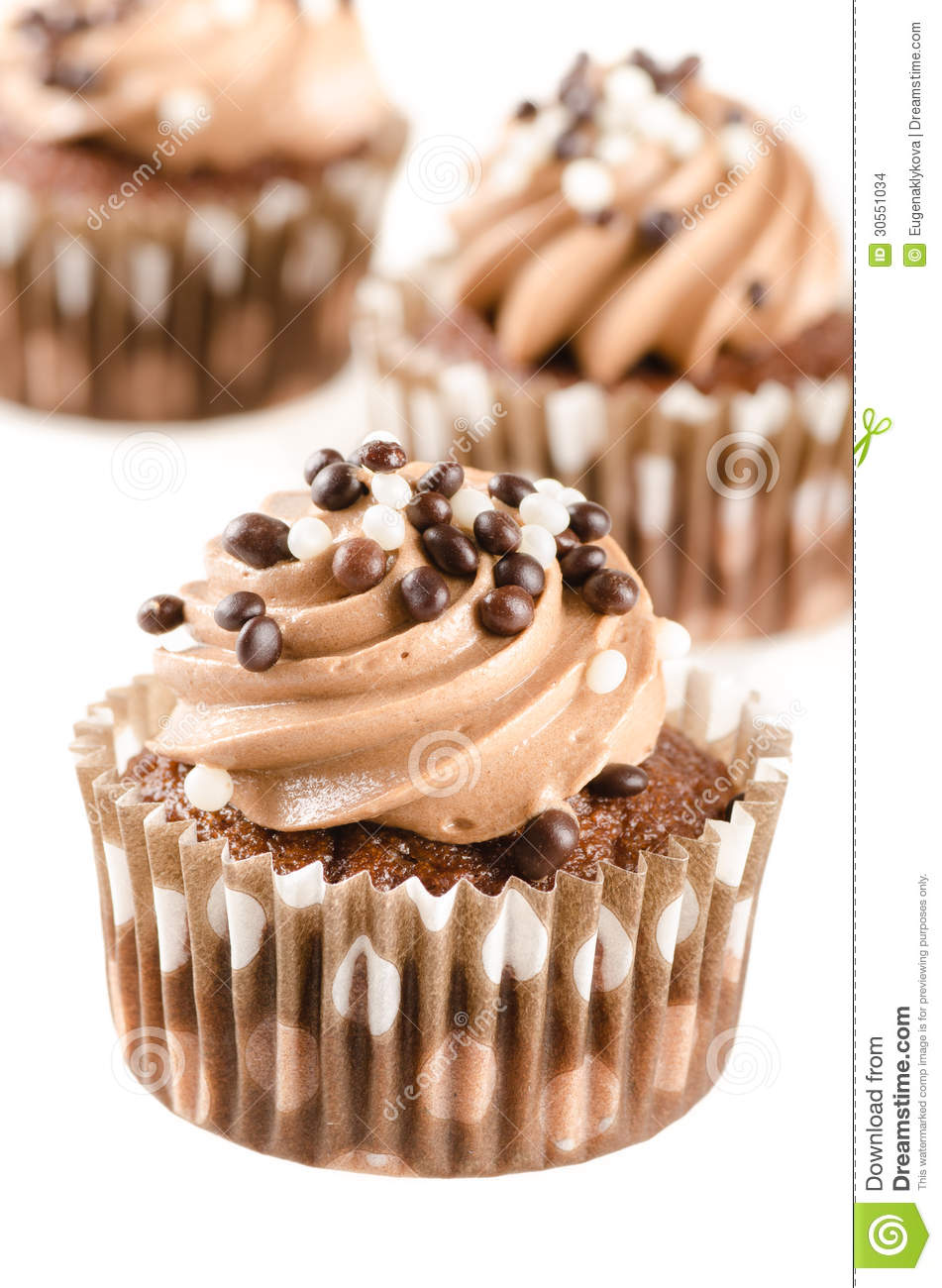 how to make chocolate cupcakes with icing