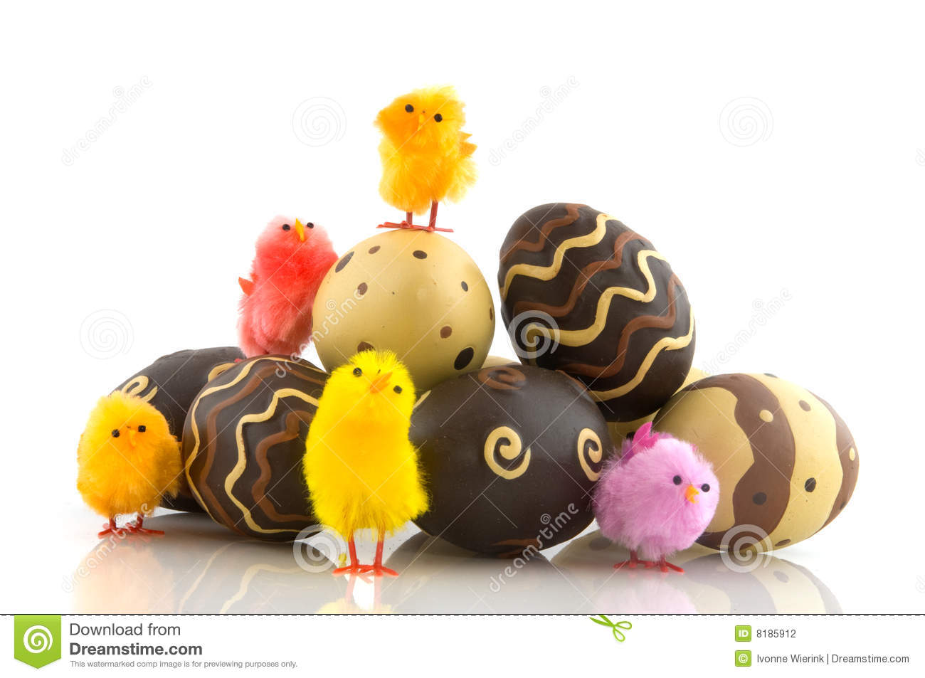 Chocolate Easter Eggs With Chicks Stock Photography - Image: 8185912