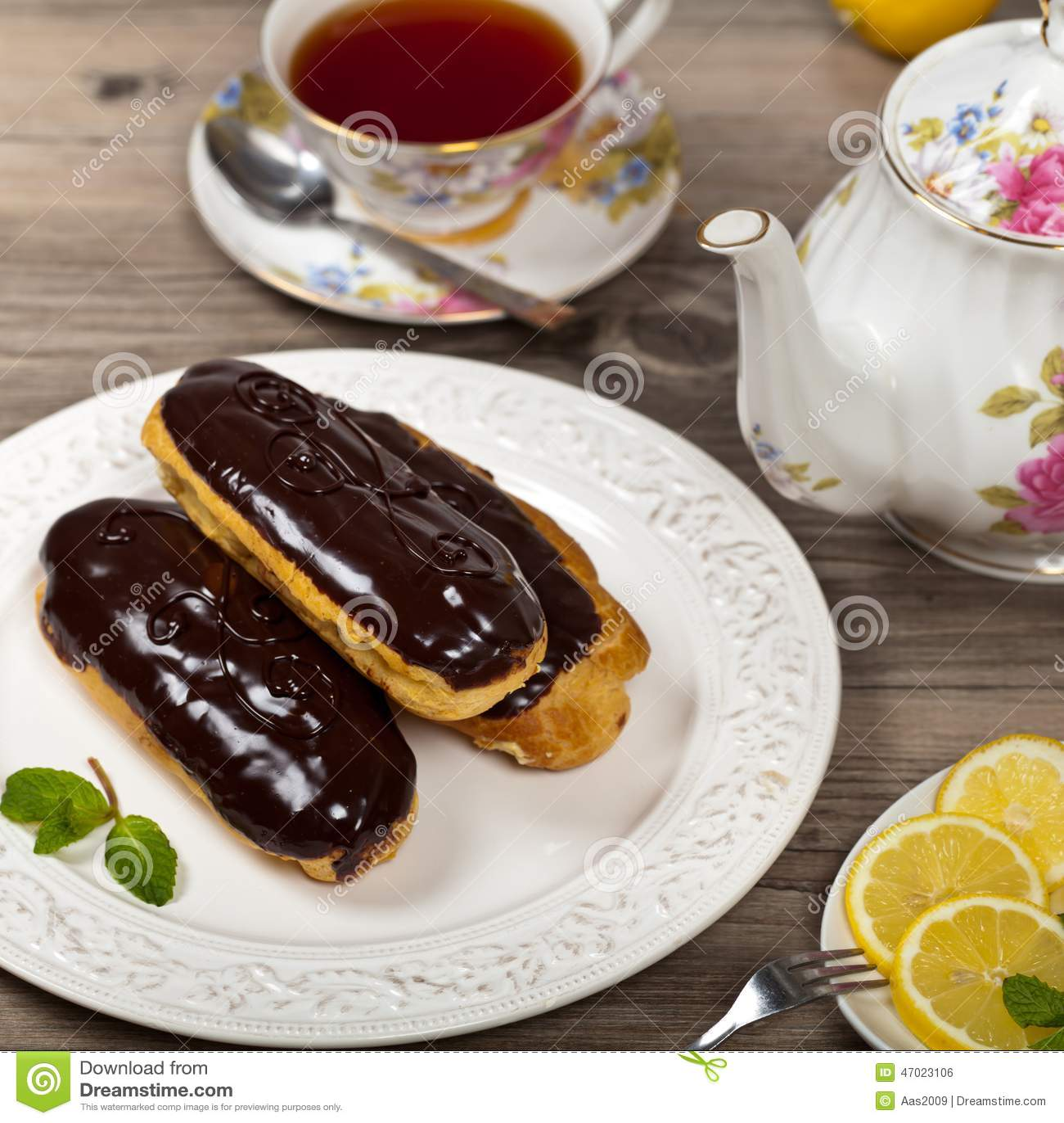 Chocolate Eclair Dessert Stock Photo - Image: 47023106
