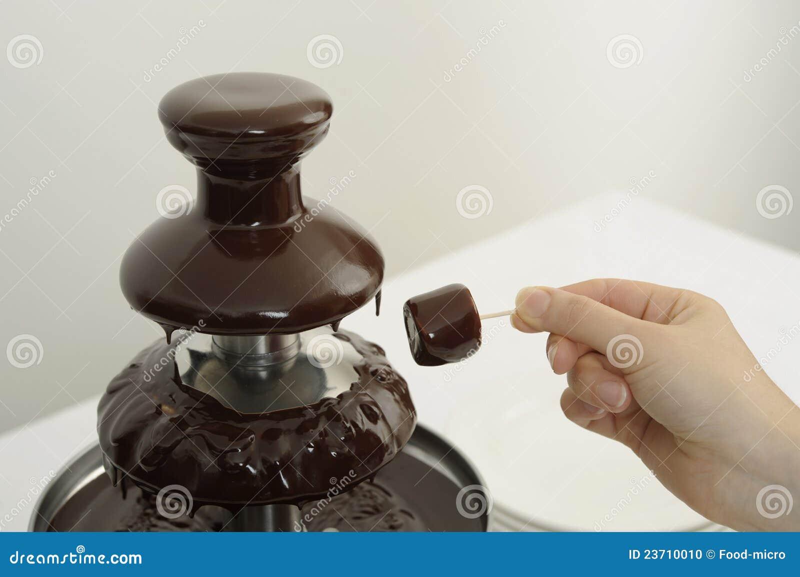 Chocolate Fountain Clip Art Chocolate fountain at a buffet