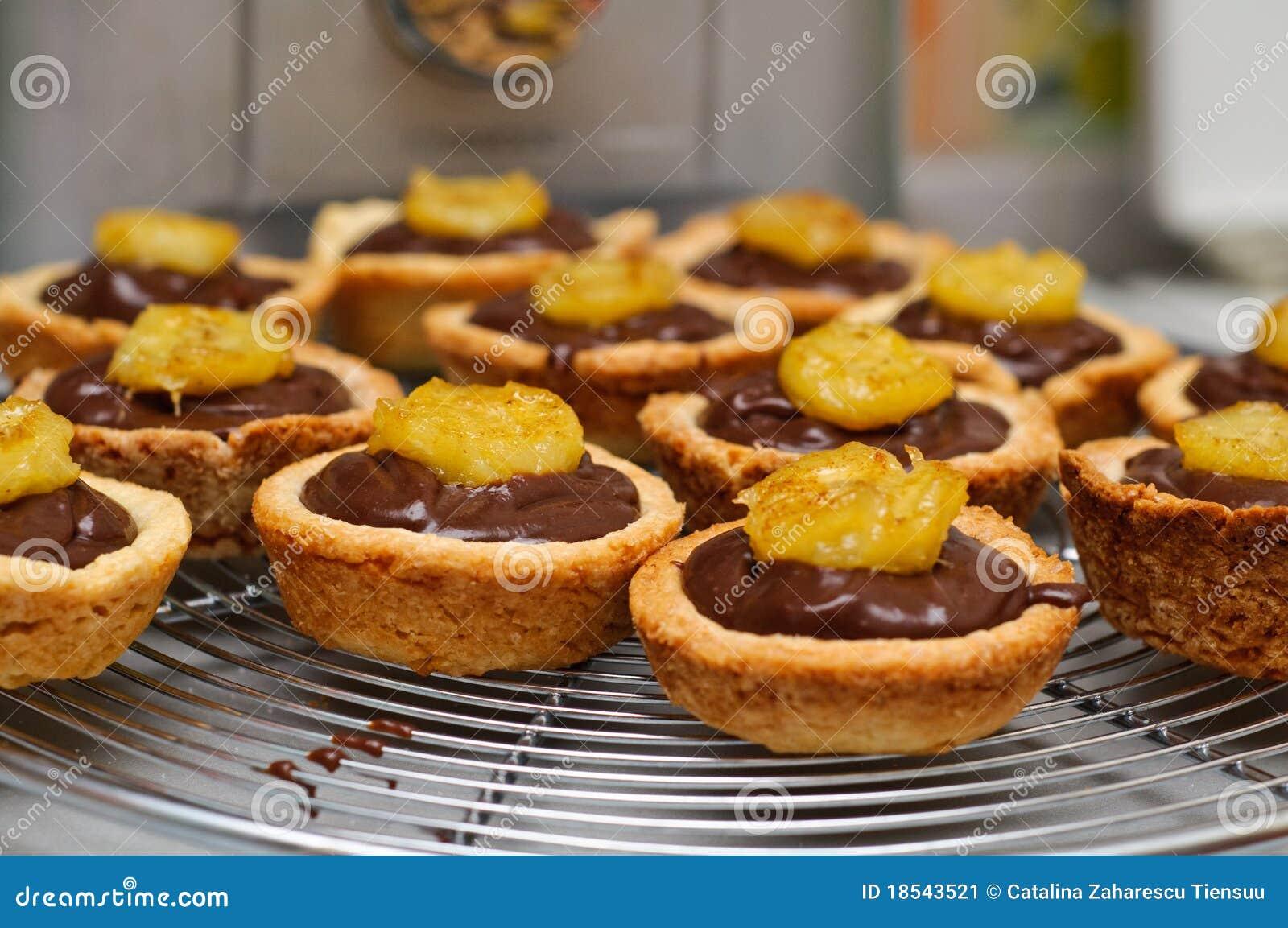 Pin Ttss Dark Chocolate And Peppermint Whipped Cream Tart H Cake on ...
