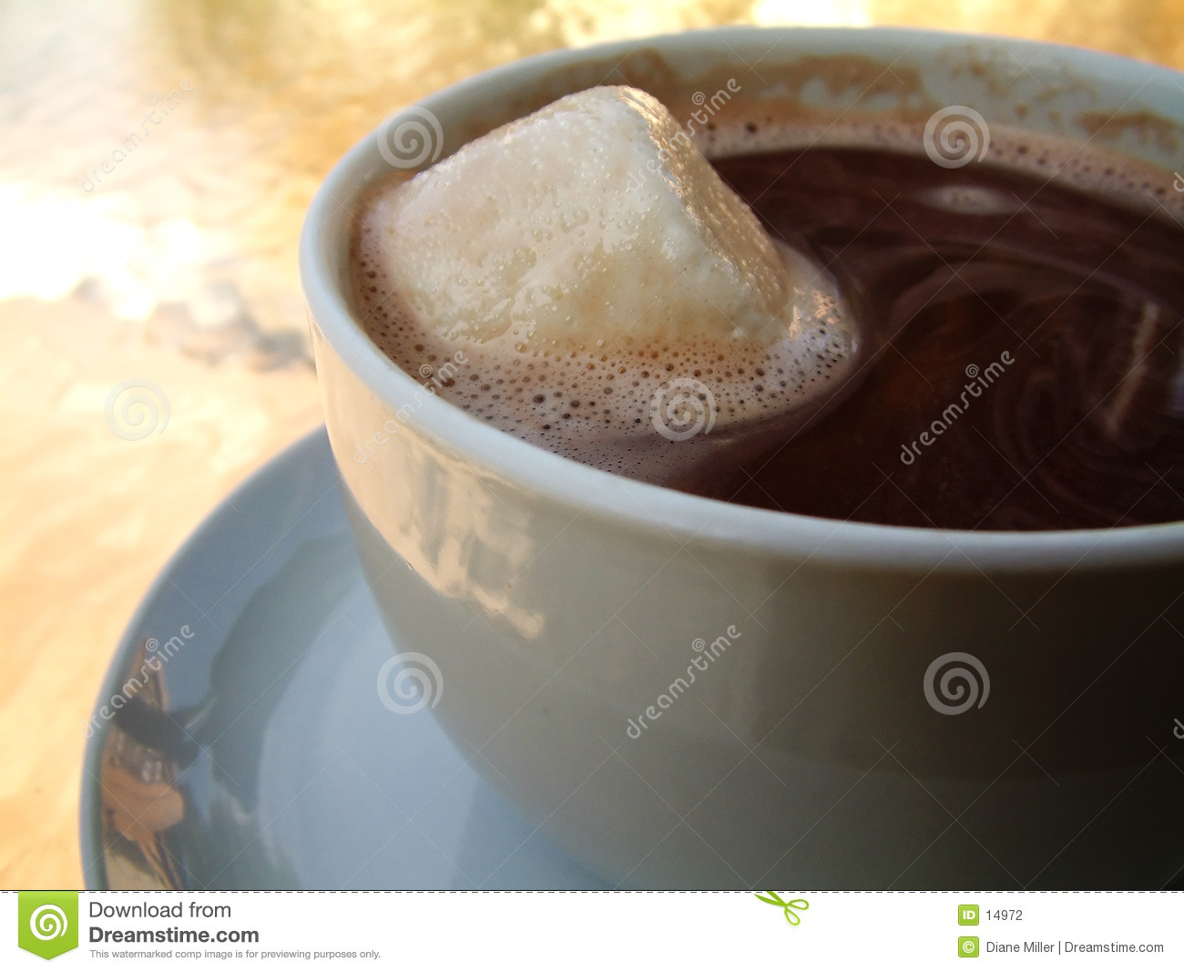 Chocolate quente, marshmallow extra