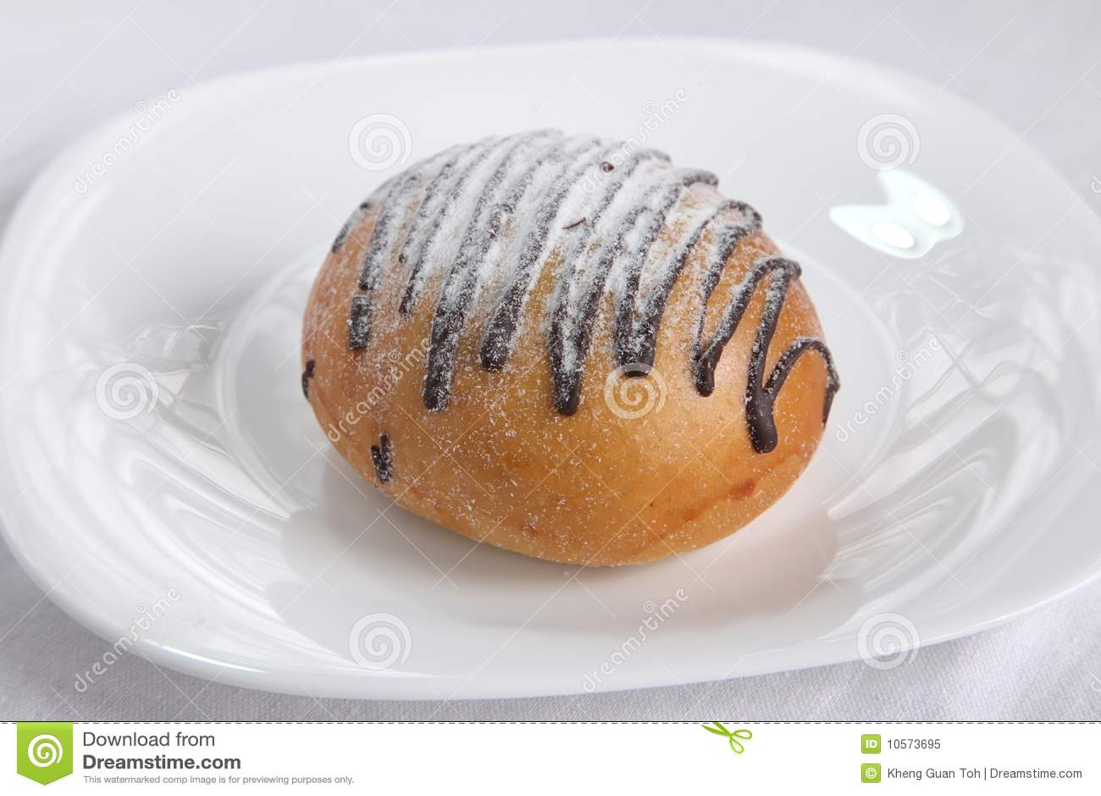 Chocolate Swirl Bun Royalty Free Stock Photo - Image: 10573695