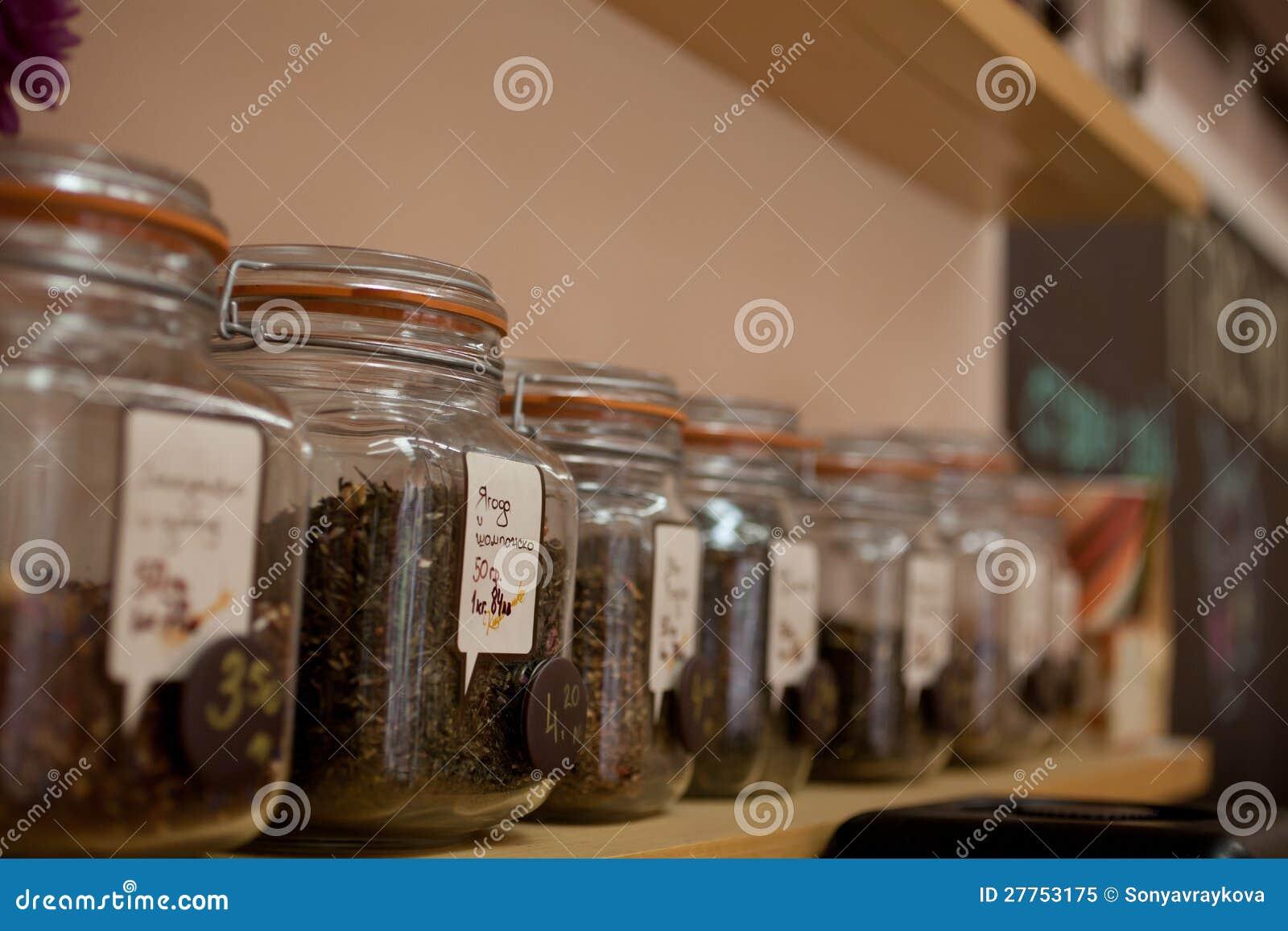 Chocs de thé dans une ligne
