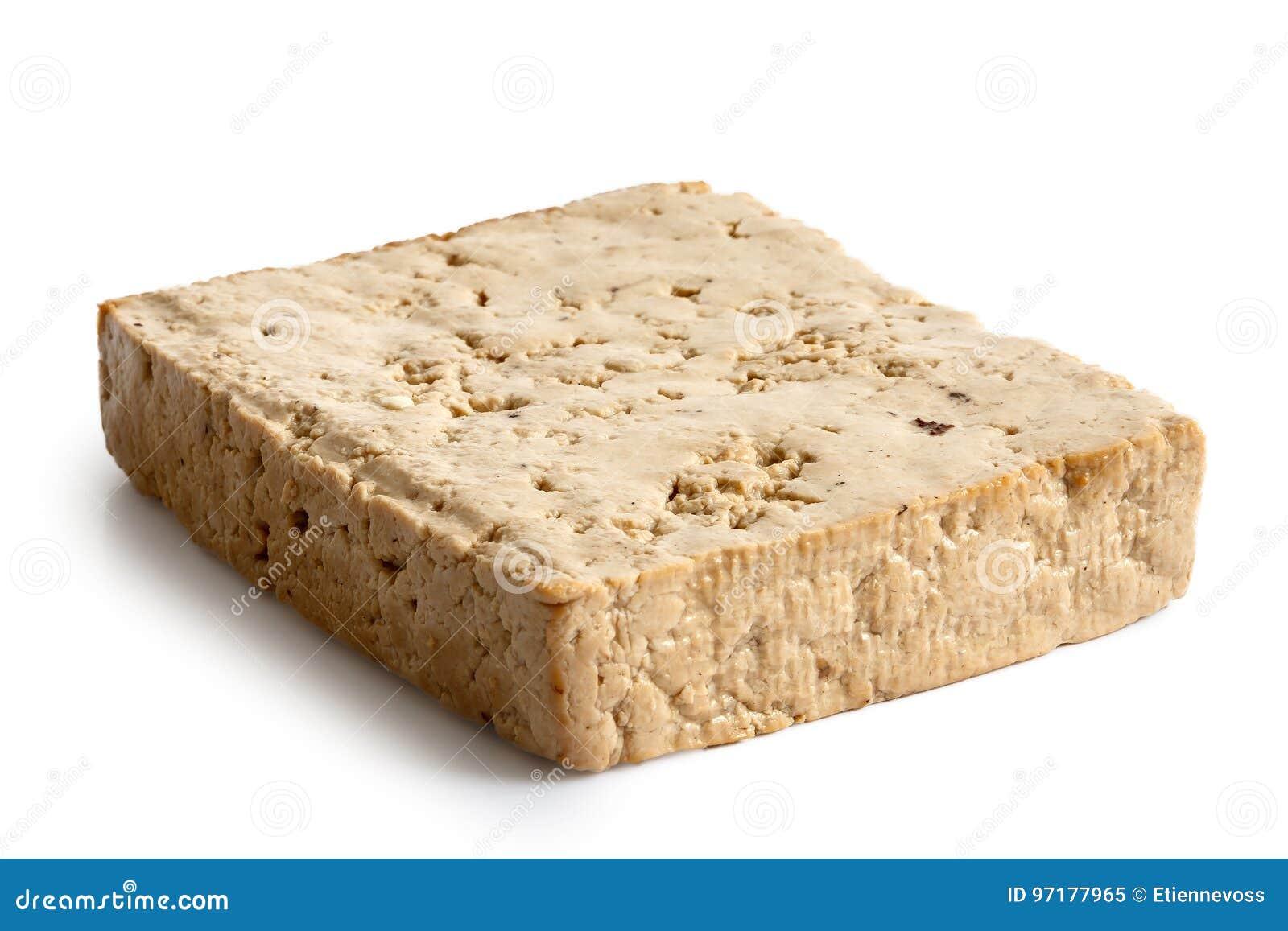 Choisissez le bloc de tofu légèrement fumé