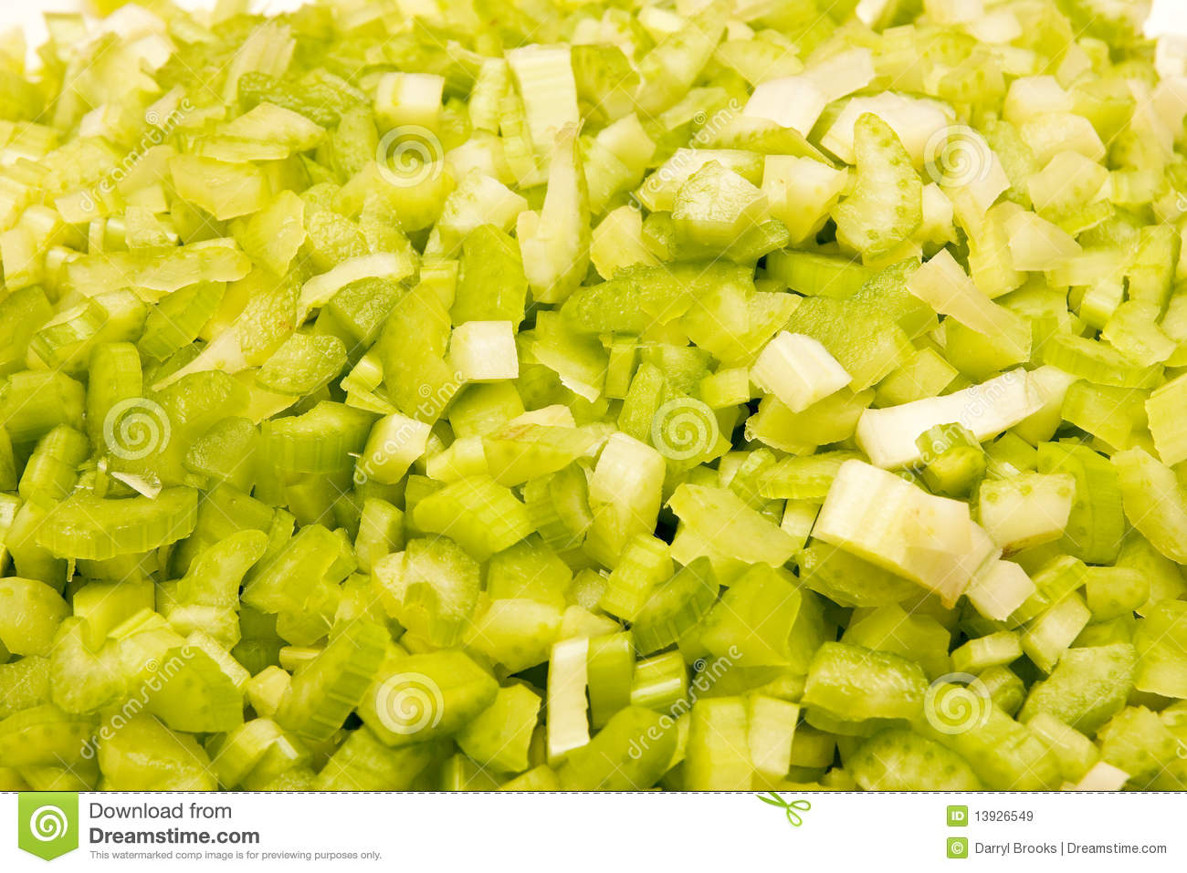 chopped celery - photo #24