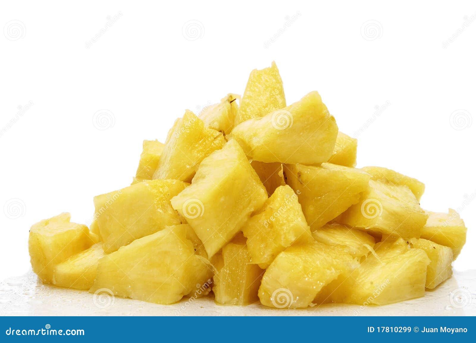 Pineapple Cake With Fresh Pineapple