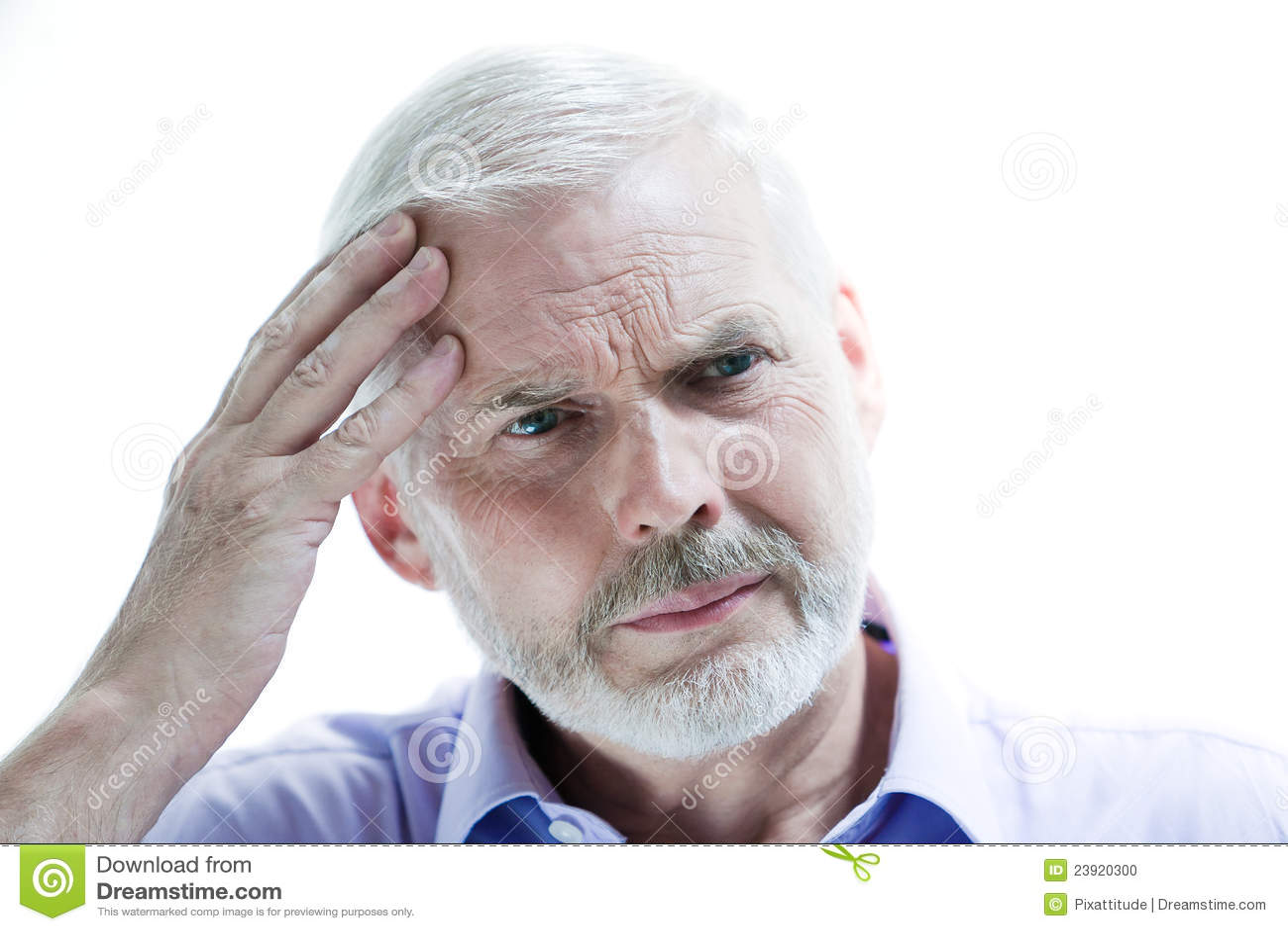 Choroby straty mężczyzna pamięci migreny senior