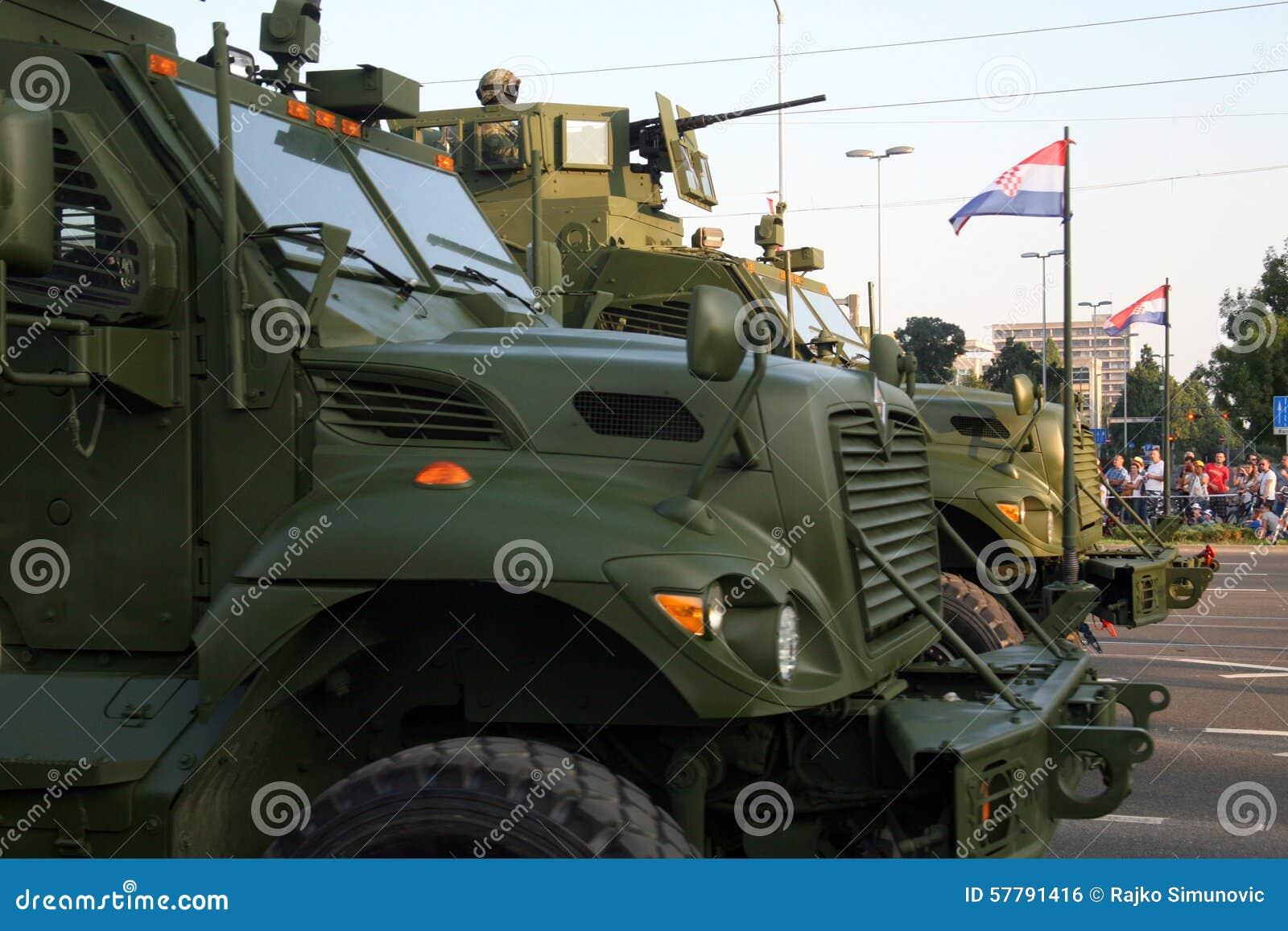 Chorwacka militarna parada, Zagreb 2015 8