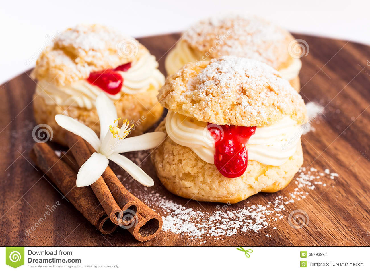 Choux Pastry With Cream And Crimson Curd Stock Photo - Image: 38793997