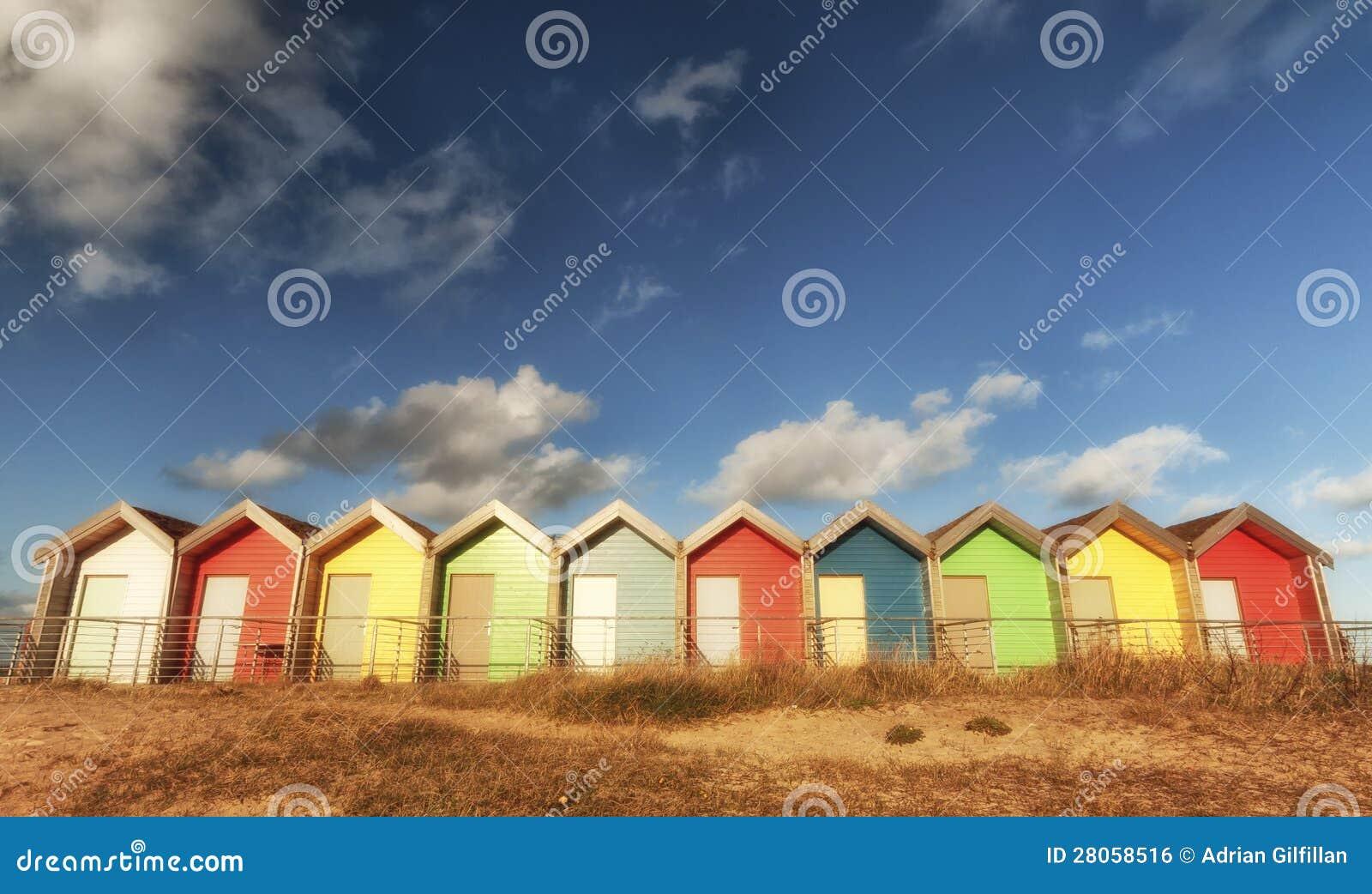 Chozas coloridas de la playa
