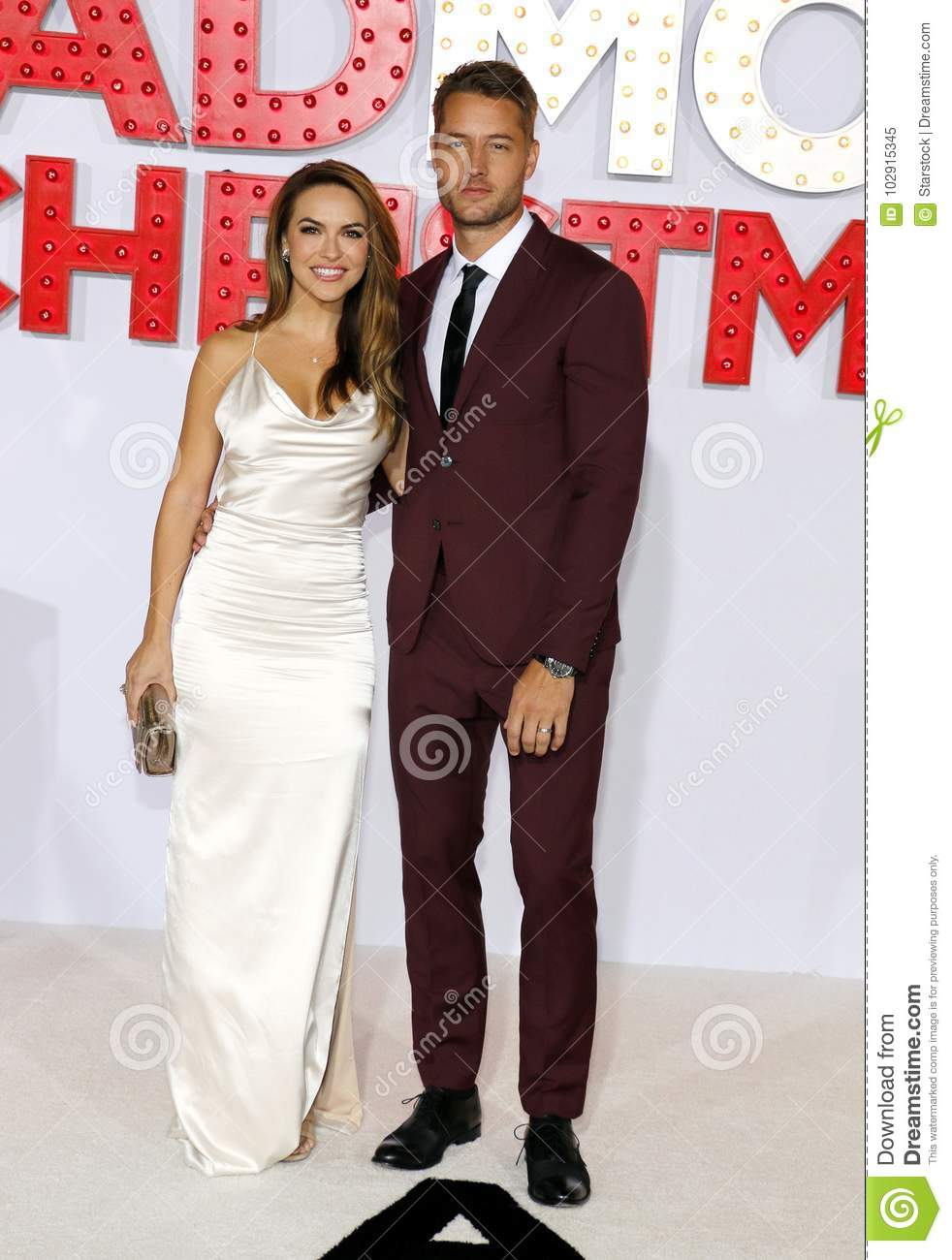 A Bad Moms Christmas Justin Hartley.Chrishell Stause And Justin Hartley Editorial Image Image